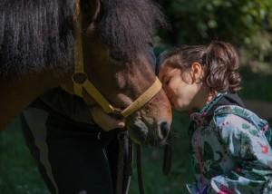 bacio al pony